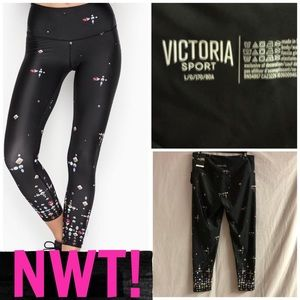 NWT! VS SPORTS 7/8 LEGGINGS
